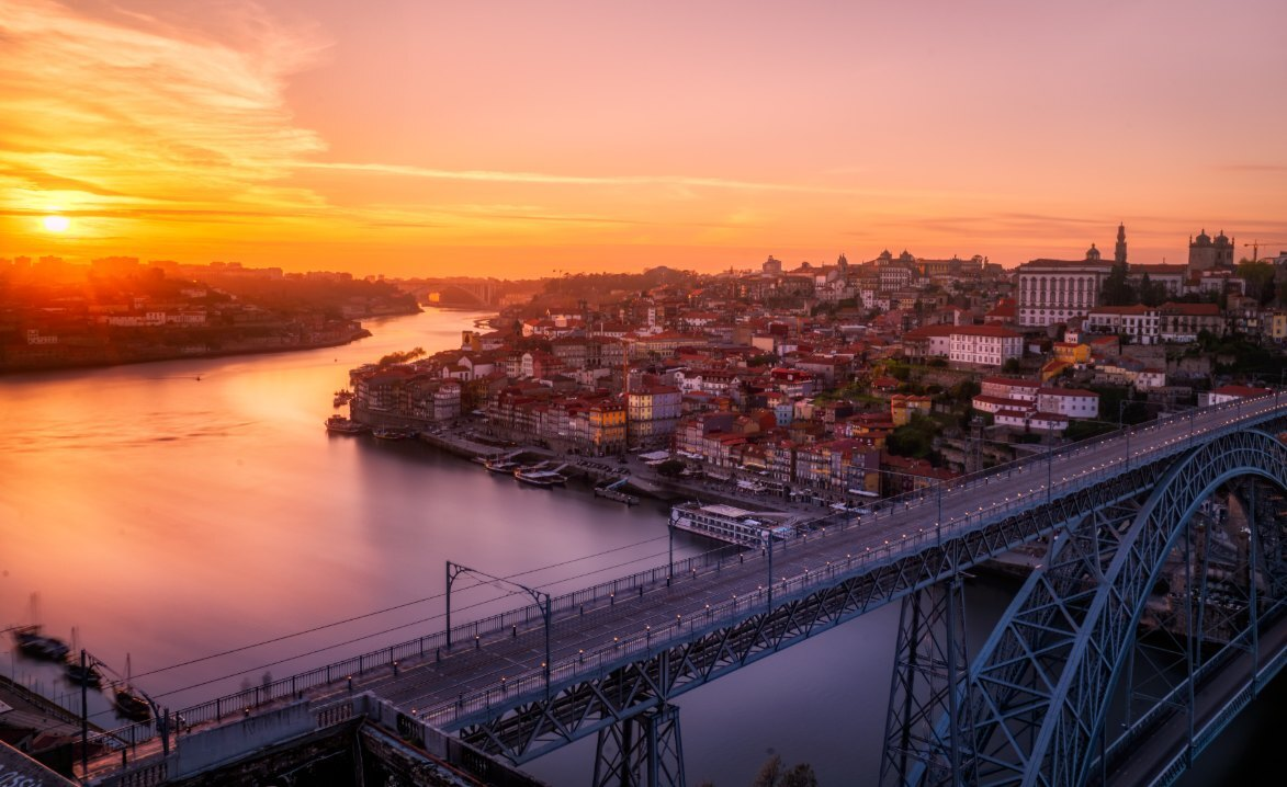 Romantic Porto (QUEST IN TEST MODE) image