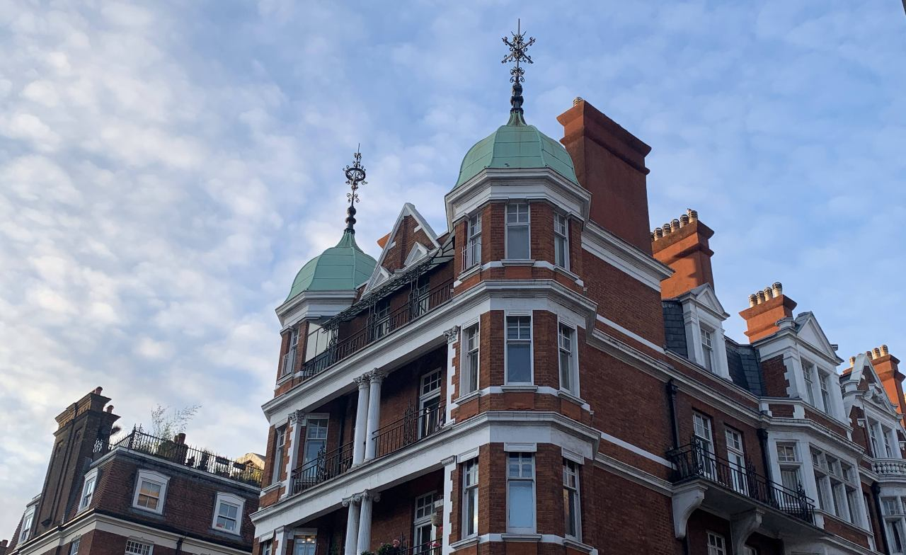Luxurious London: Mayfair (QUEST IN TEST MODE) image